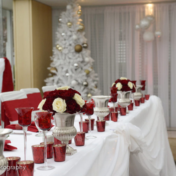 White and red themed Christmas wedding reception