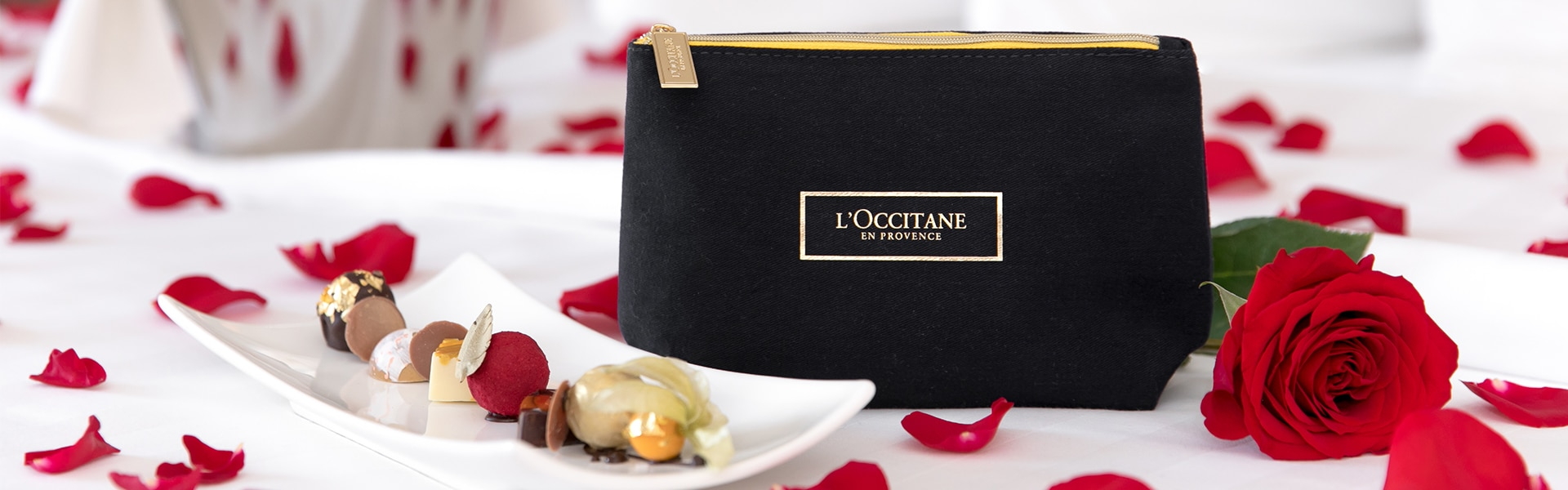 Nice Romance Package L'Occitane en Provence Amenity and rose petals